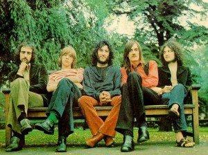 28 Fleetwood Mac